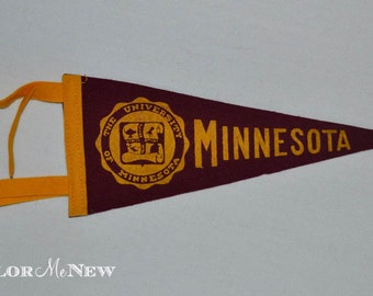 Vintage University of Minnesota- College Mini Pennant - Small Felt Pennant Flag Maroon with Gold School Crest and Tails