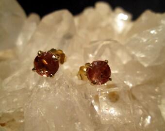 Oregon Sunstone Posts ~14K. Yellow Gold~ 6mm Rare 1.34 Carat