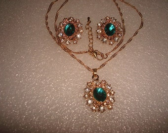 Green And White Sapphire Gold Filled Necklace And Earring Set