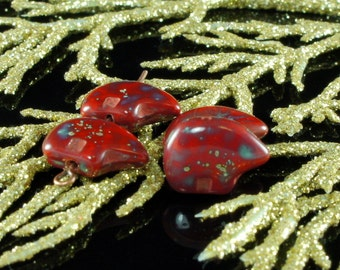 16pcs New Shape Picasso Czech Bear Totem Red Brown Flat Carved Animal Glass Beads 14mm X 10mm