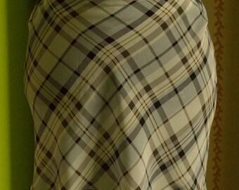 Low waist ilk lozenged miniskirt