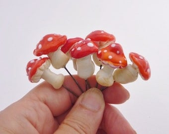 Red Toadstools , mushrooms, Amanita for terrarium, potted plants or fairy garden. Artisan lampwork,
