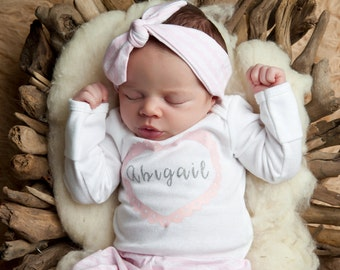 Baby Shower Gift Girl - Personalized Bodysuit - Baby Shower - Pink Heart