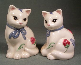 Vintage Lenox Cat Kitten Salt and Pepper Shakers     S911