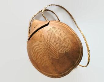 Gourd bag, calabash bag, gourd shoulder bag, brown gourd bag, Dominica bag, Dominica souvenir, souvenir gourd, Dominica calabash, Dominica