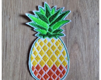 """Little Crest patch applied """"Pineapple"""" 10 cm high"""
