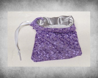 "CRAZY SALE Lined Floral Eyelet - 7x9""  Lavender drawstring bag with silver lining. Perfect for jewelry, accessories, and gift wrap! LBAG-220"