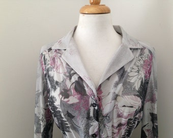 Grey Long sleeve Printed pleated dress, size 12/14