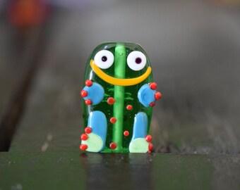 Handmade Lampwork Glass frog Pendant, 1pc
