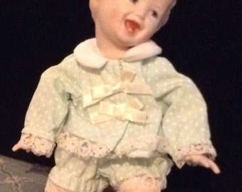 "Darling Happy Baby Doll 7"" Yolanda Bello"
