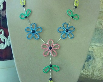 Flower painted rhinestone necklace