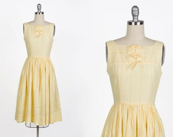 Vintage 1950s dress // 50s cotton sun dress