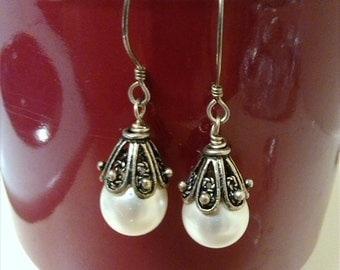 Handmade Vintage Style, Ivory Glass Pearl Earrings with Antique Filigree Bead Caps, Bridesmaids, Wedding Jewelry, Victorian, Ivory Pearls