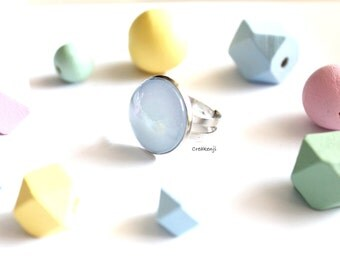 Ring cabochon poetic pastel colors