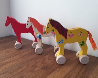 Wooden horse, horse on wheels