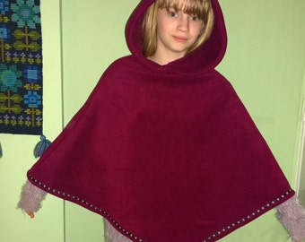 SALE** Burgandy fleece Pixitots poncho with rose ribbon trim