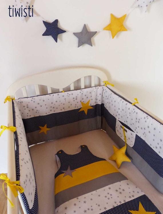 ensemble tour de lit coussin et gigoteuse 0 6 mois bleu. Black Bedroom Furniture Sets. Home Design Ideas