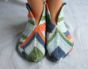 Knit home socks, knit home slippers, Estonian wool socks, entrelac socks, family slippers, domino knit socks, Christmas socks, stockings