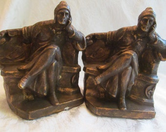 Vintage Chalkware  /// Bookends   set of 2
