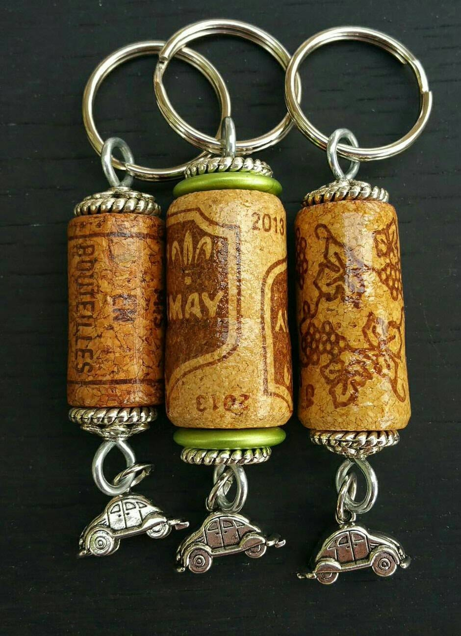 wine cork key chain for the car enthusiast. Black Bedroom Furniture Sets. Home Design Ideas