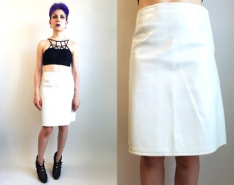 60s Clothing/ Vintage 1960s White Vinyl Skirt Mod Skirt Above the Knee Skirt Mod Vinyl Skirt 60s Skirt Size Small or Medium