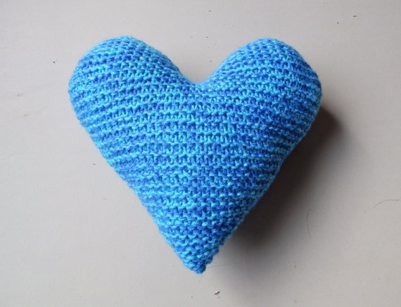 Knitting Pattern Heart Shaped Cushion : Knitted Heart Shaped Throw PIllow Handmade by LittleVisionsThrift
