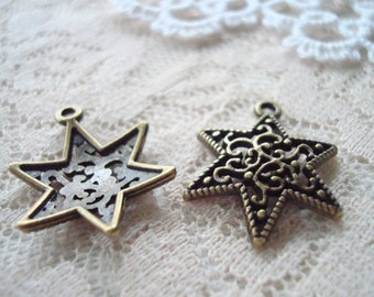 16 Big Vintage-Style Star Charms. Golden Antique Bronze. 24x16x3mm. Beveled Ornate Motiff. Star of David Charm/Pendant.  ~USPS Ship Rates/OR