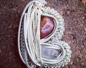 Carnelian and quartz pendant