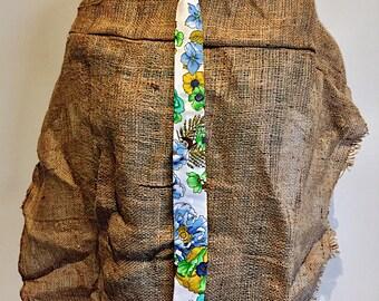 Vintage floral Necktie Kitty Vera