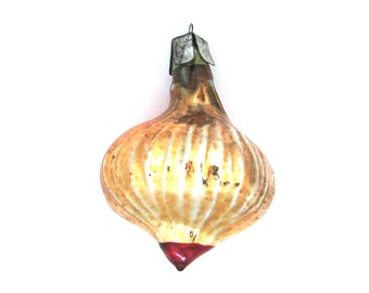 Soviet Christmas tree decoration, Onion Ornament, Glass Christmas ornament, Vegetable bauble, Russian New Year, USSR, Soviet Union, 1970s