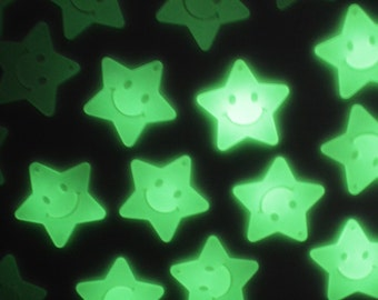 43mm Large Glow in the Dark Smiley Star Pendants - set of 4