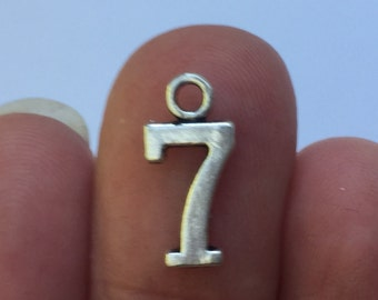 10 Number 7 Charms 15mm x 7mm