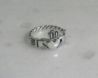 Vintage Silver Irish Claddagh Ring, Sterling Silver 925 Size 3 5 Hand and Hearts Braided band