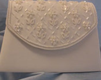 Classic Beauty Diamond White Ivory Satin Bridal Handbag Purse Wedding