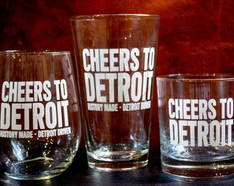 Set of 4 Rocks OR Pint Glasses: Cheers to Detroit