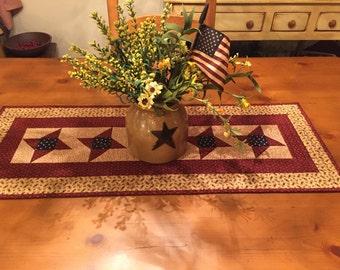Quilted Table Runner / Friendship Stars / Patriotic Friendship Stars / Item # 1360