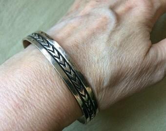 Sterling Bangle Bracelet -- 522