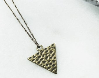 Necklace Vintage Triangle / Brass Material / JN05
