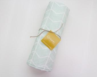 Modern Mint Chevron Baby Blanket / Mint Baby Blanket / Chevron Baby Blanket/ Modern Baby Blanket/ Gender Neutral baby Blanket