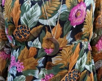Vintage Long Dress Elegant Classy Hippie Floral Pattern Dress