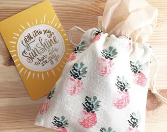 Pina Colada - Gift Wrapping & Packaging