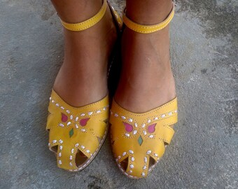 "Leather Sandals Handmade  Yellow Leather Shoes Vintage Style Leather Shoes Summer Sandals ""BONECA"""
