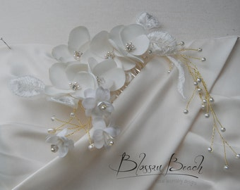Ivory and gold beaded floral bridal hair comb;bridal hair comb;wedding hair comb