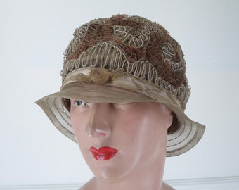 Reserved ..Original Cloche Hat 1920's Horsehair Size L .1920's Horsehair Cloche . Authentic Flapper Cloche . Flapper . 1920's . Cloche Hat .