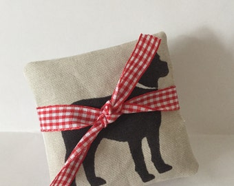 Black Labrador 3 organic lavender sachets bundles with ribbon