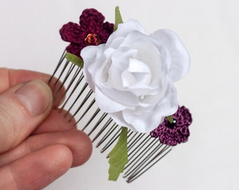 White Flower, Flowers Collage Hair Comb. Bride, Maid Of Honor, Bridesmaids Gift, Wedding Bridal Hair Comb.