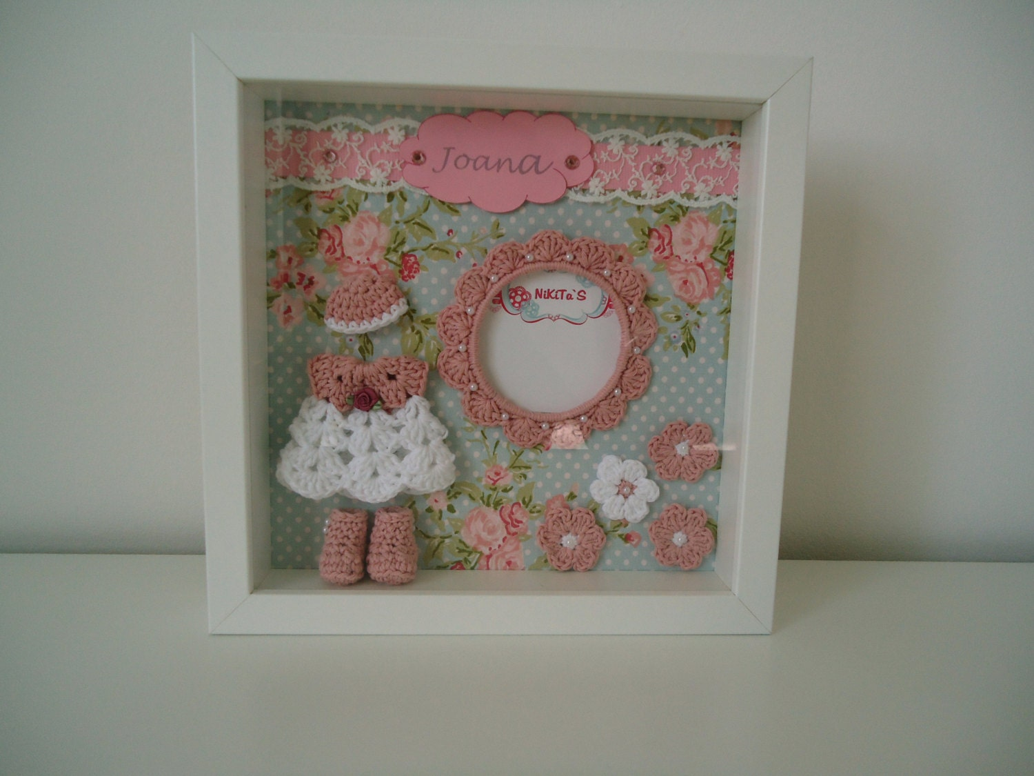 Photo frame with 3d crochet applications wall decor to for 3d baby room design