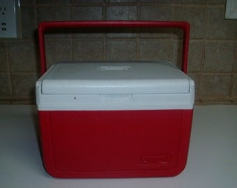 Vintage Coleman red and white cooler model 5205