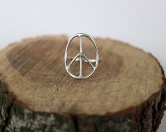 Silver Peace Sign Ring - Boho Ring, Minimalist Ring, Everyday Jewelry, Summer Silver Ring, Eco Friendly Ring, Gift for Her, Birthday Gift
