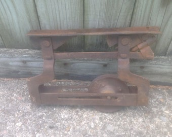 Barn door trolley